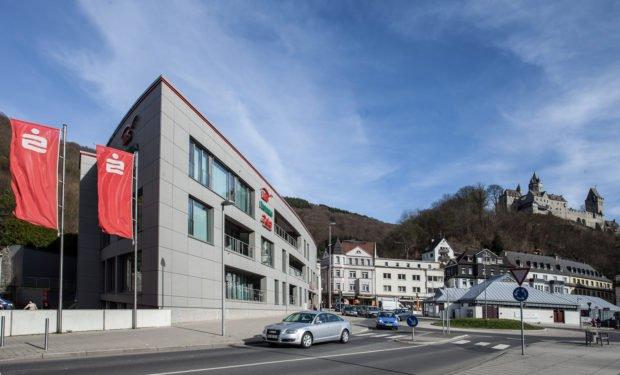 Die Sparkasse in Altena feiert ihr 175-jähriges bestehen. Foto: Sparkasse
