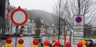 Die Sperrung der Lenneuferstraße konnte nach dem Hochwasser in Altena aufgehoben werden.