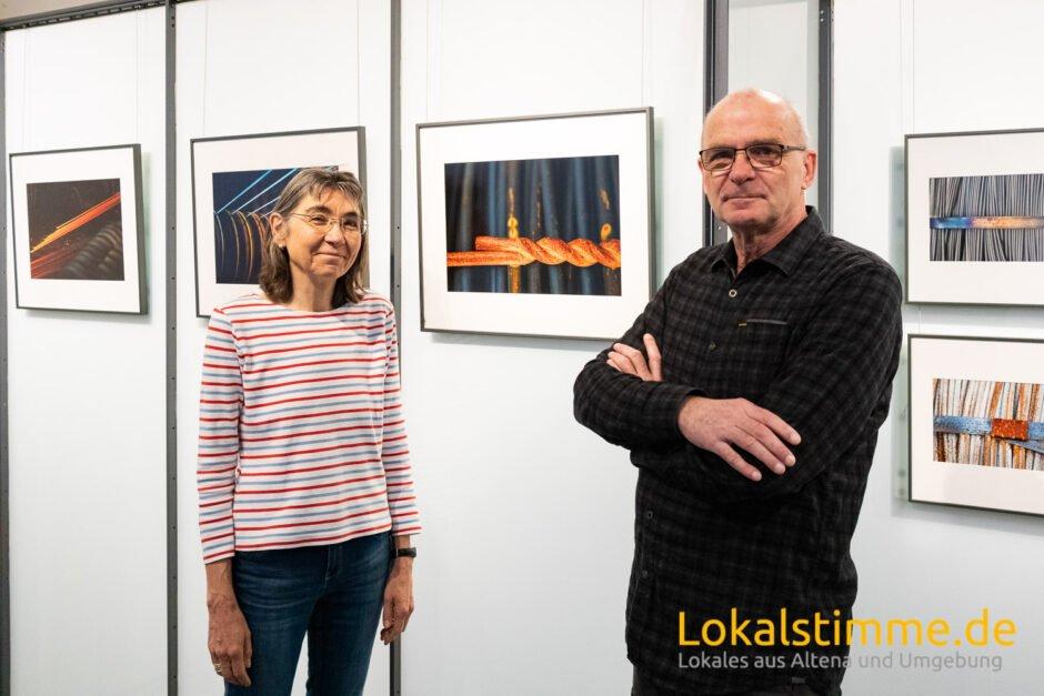 Freuen sich auf hoffentlich viele Besucher: Dr. Agnes Zelck (Märkische Museen) und Fotograf Klaus Storch. Foto: Björn Braun